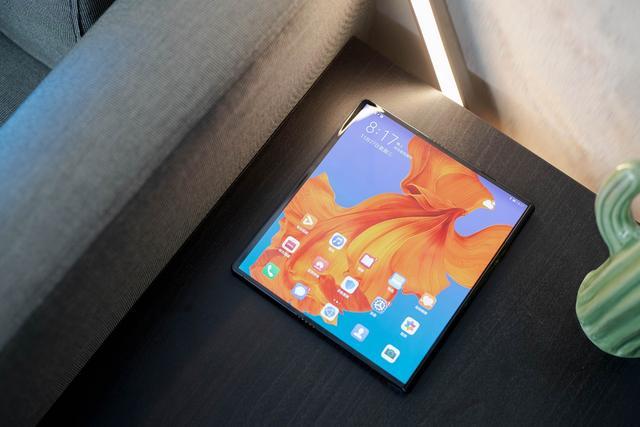 手機新紀元將至!從華為Mate X看十年來最大創新