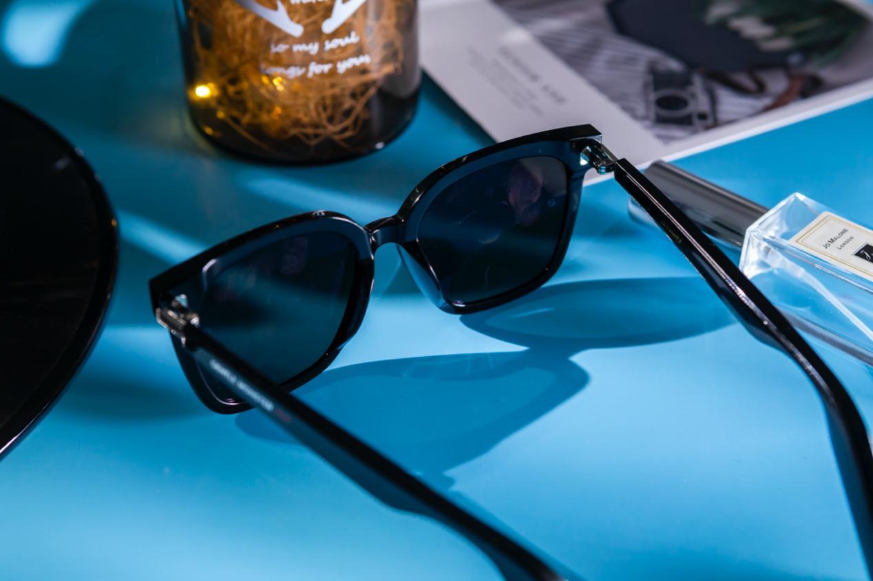 """""""时尚设计➕智慧科技"""",内外兼修才够潮  华为智能眼镜2020 新款评测"""